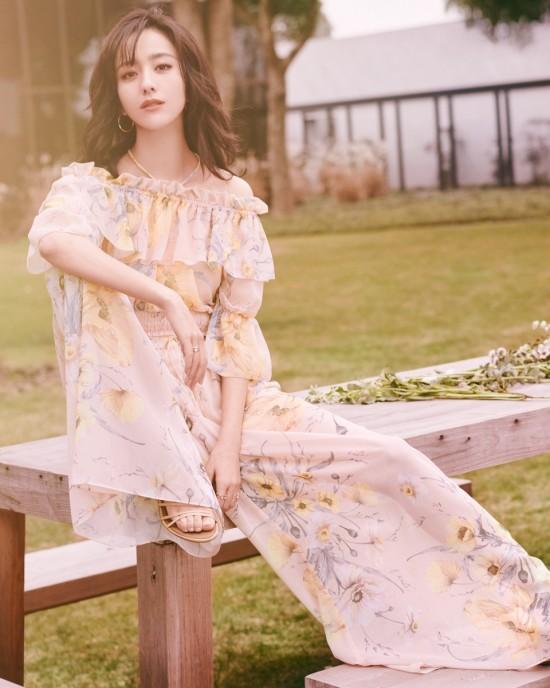 1129-Spring-Fashion-0.80-Photo-Album-1080x1350-21