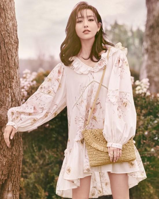 1129-Spring-Fashion-0.80-Photo-Album-1080x1350-24